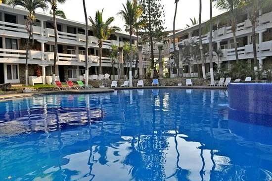 Canadian Resorts Acapulco Diamante