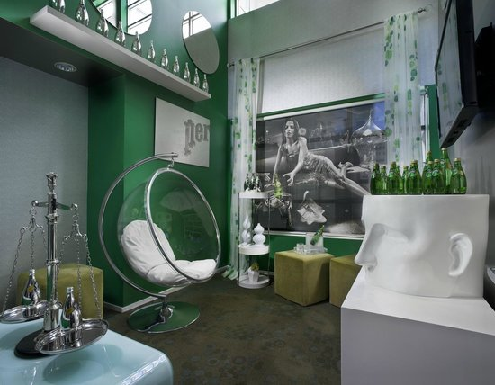 Hotel Diva: Perrier Lounge