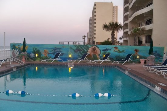 Atlantic Ocean Palm Inn : The pool