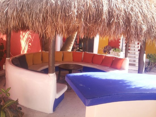 El Acuario Hotel: Lounge area