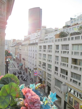 Lenox Montparnasse: view from room