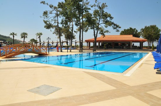 Kustur Club Holiday Village: Activity pool