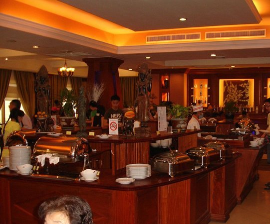 Prince D&#39;Angkor Hotel &amp; Spa: Dining Restaurant