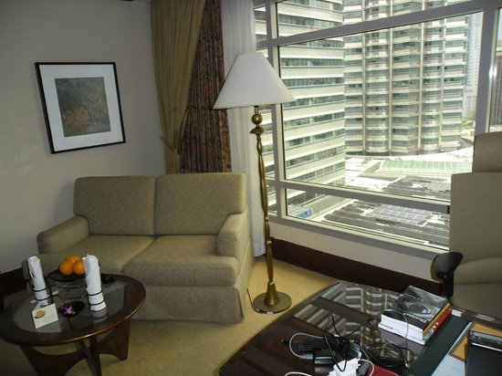 Mandarin Oriental, Kuala Lumpur: very comfortable and lots of natural light