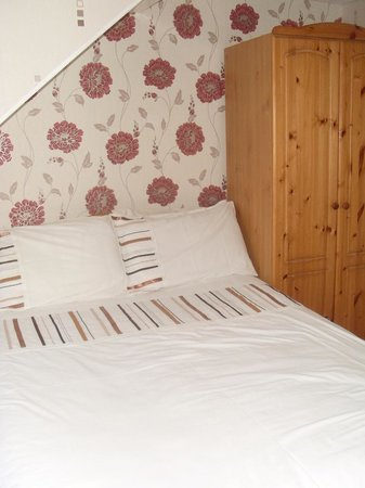 Seaspray Guest House: double bed