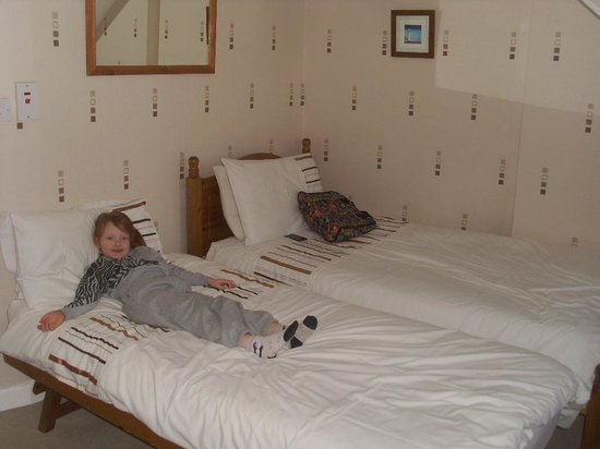 Seaspray Guest House: kids&#39; beds