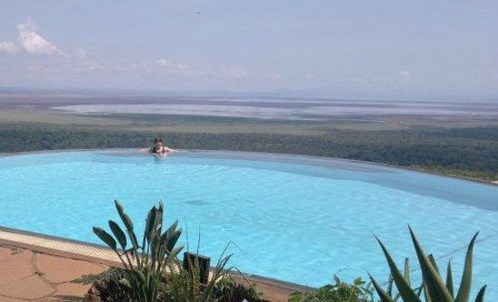 Lake Manyara Serena Lodge: Fantastic pool overlooking Lake Manyara!