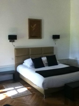Hotel Particulier Poppa: Bedroom, beds are very comfortable also!