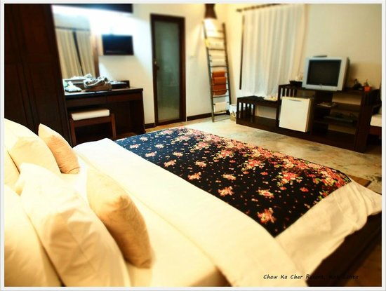 Chaw Ka Cher Tropicana Lanta Resort: Large bed room