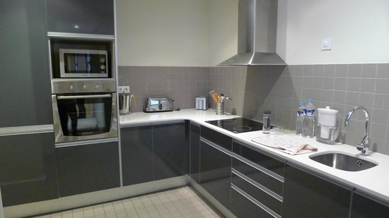 The Urban Suites: Kitchen