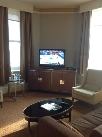 The Westin Columbus: Living Room