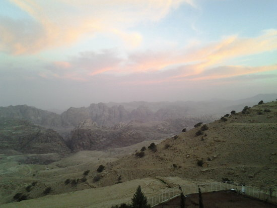 Petra Panorama Hotel : Magnificent view from my room balcony. 