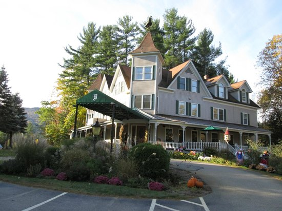 Glen, NH: Bernerhof  Inn from the front