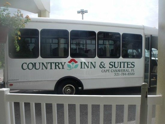Country Inns &amp; Suites By Carlson, Cape Canaveral: The Shuttle Service to the ship is certainly an added value!