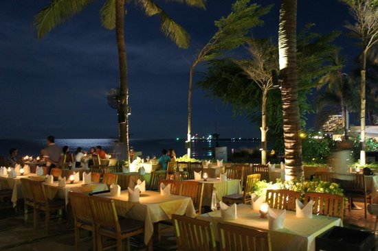 Coco51 Restaurant & Bar, by the Sea