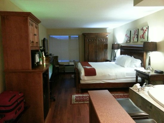 Holiday Inn Express Hotel & Suites Charlottetown: Suite
