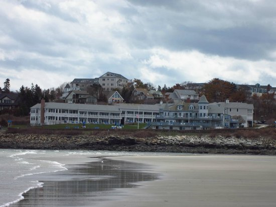 ‪‪The Beachmere Inn‬: View of property from Ogunquit Beach‬