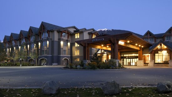 Aava Whistler Hotel: Driveway Entrance