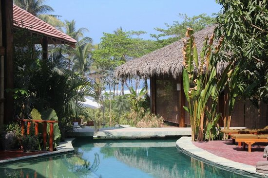 Pranamar Villas and Yoga Retreat: view from pool side to ocean
