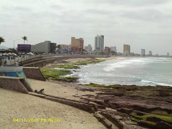 Hotel Playa Mazatlan: Picture of the 21 KM board walk