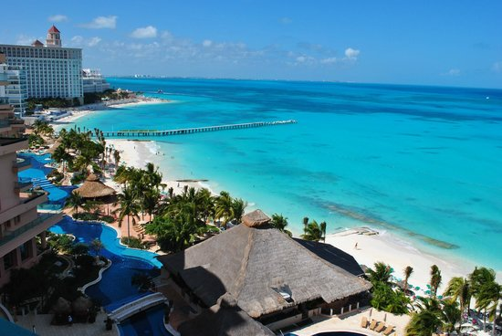 Fiesta Americana Grand Coral Beach Resort & Spa: vista do resort e do mar incrivel!