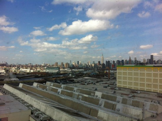 Fairfield Inn New York Long Island City/Queens: View from 11th floor