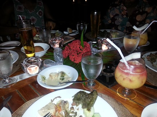 Sonaisali Island Resort Fiji: Dinner Time
