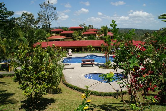 Arenal Volcano Inn: Poolbereich