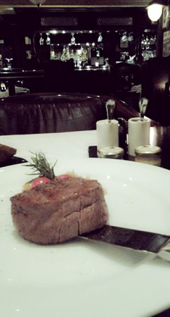 JW's Steakhouse: angus steak