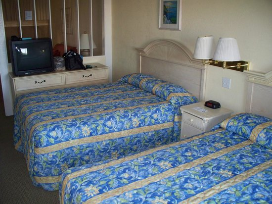 Beachview Inn: Two queen beds