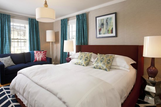 Captain Fairfield Inn: Kennebunkport bed and breakfast guest accommodations