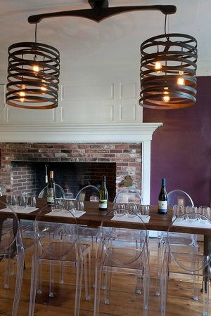 Kennebunkport B&B tasting room, Captain Fairfield Inn