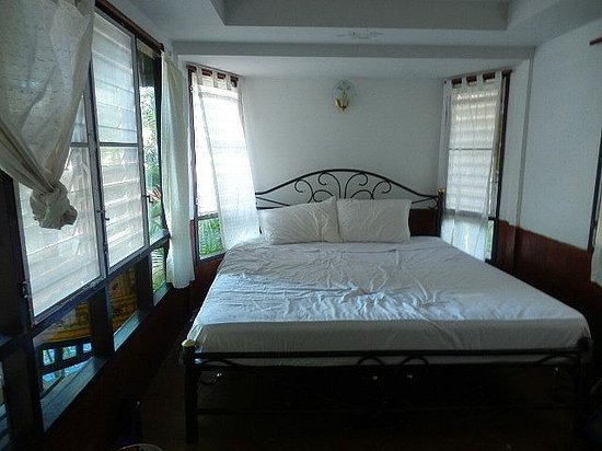 Photo of Diamond Beach Bungalows Ko Tao