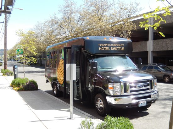 The Maxwell Hotel Seattle: Maxwell Hotel Shuttle