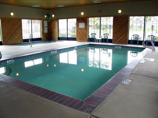 Holiday Inn Express Park City: Holiday Inn Express Swimming Pool.