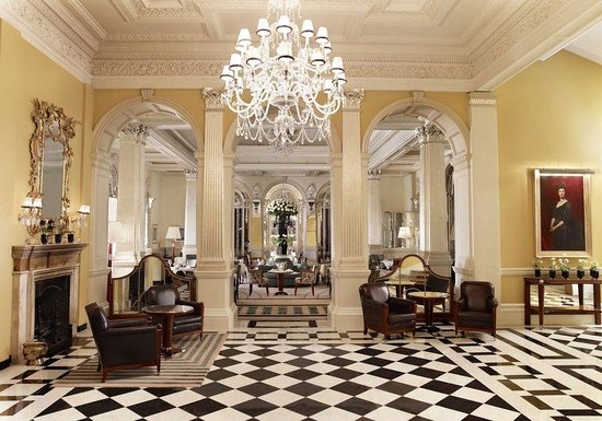 Claridge&#39;s Lobby