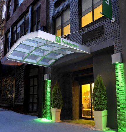 Holiday Inn New York City - Wall Street: Hotel Exterior