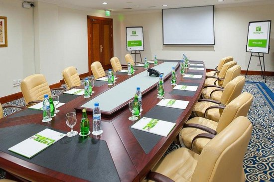 Holiday Inn Bur Dubai - Embassy District: Conduct your meetings successfully