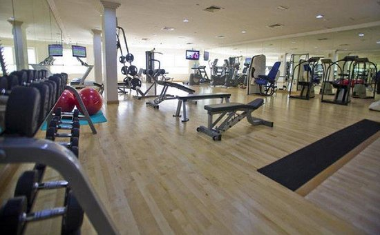 Holiday Inn Bur Dubai - Embassy District: Stay in shape