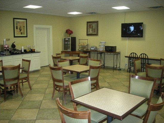 Red Roof Inn Gurnee - Waukegan: Breakfast Area