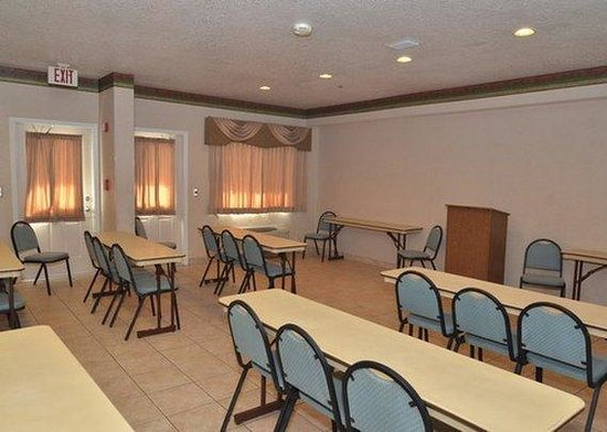 Econo Lodge Downtown South: meeting room