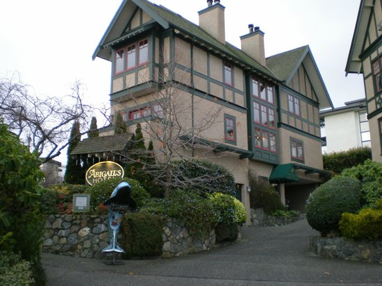 Abigail's Hotel: another view of the property