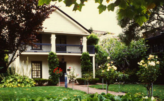 Photo of Merritt House Inn Monterey
