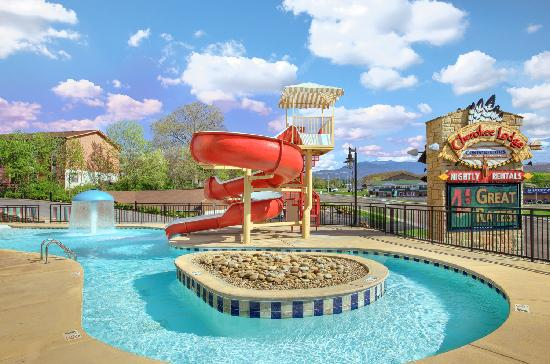 Cherokee Lodge Condos : Pool