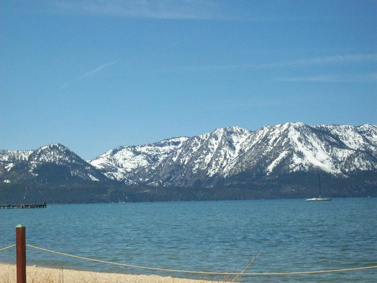 Harrah&#39;s Lake Tahoe: Lake Tahoe