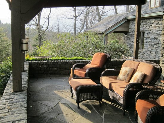 Gideon Ridge Inn : beautiful veranda to watch the sunset