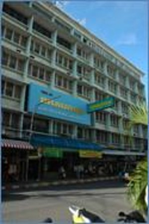 Laem Thong Hotel