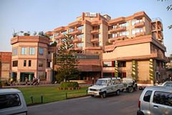 Mehak Hotel