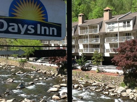 Days Inn Gatlinburg on the River: so pretty