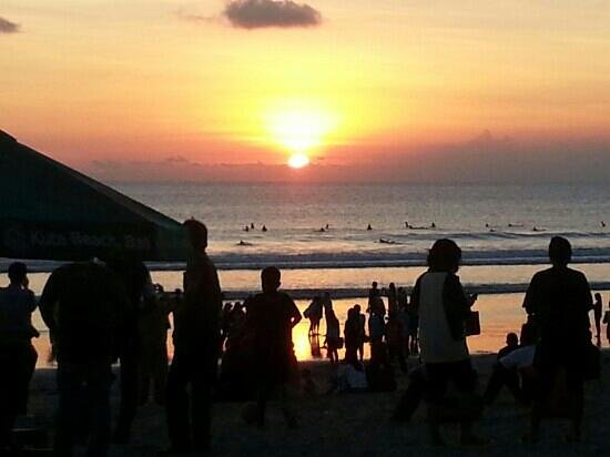 Bali Garden Beach Resort: sunset at bali garden